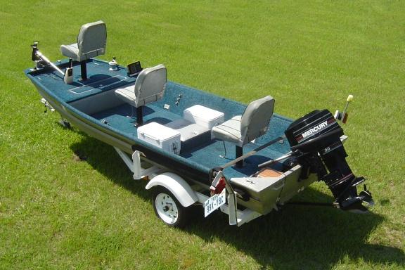 14 FT Jon Boat together with Flat Bottom Jon Boat moreover Bass Boat ...