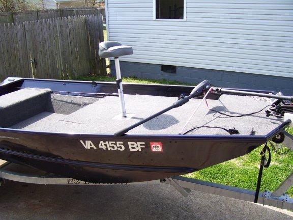 Jon Boat: Jon Boat Aluminum Deck